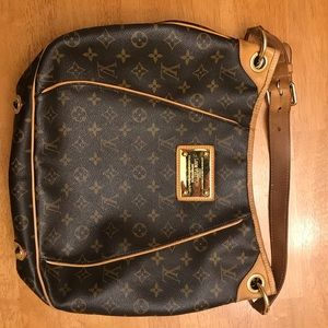 Authentic Louis Vuitton Galleira PM